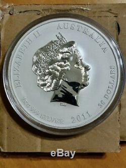 2011 1 Kilo Silver LUNAR Year of The RABBIT BU Australian Perth Mint In Cap