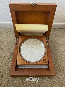 2014 One Kilo Libertad Proof-like. 999 Fine Silver Only 500 Minted 32.15 Ounces